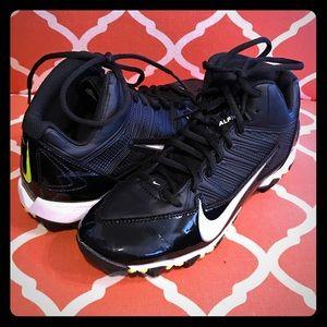 Boys 6Y Nike Football Cleats - Like New